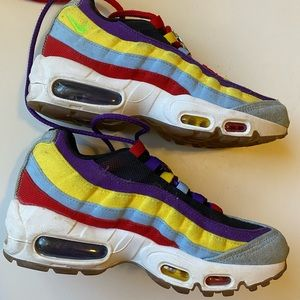 Nike Shoes - NIKE AIR MAX 95 SP Multi-color